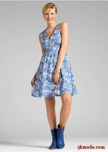 bdeeaf96c4bfb Çiçek Desenli Elbise Modelleri | 3K Moda