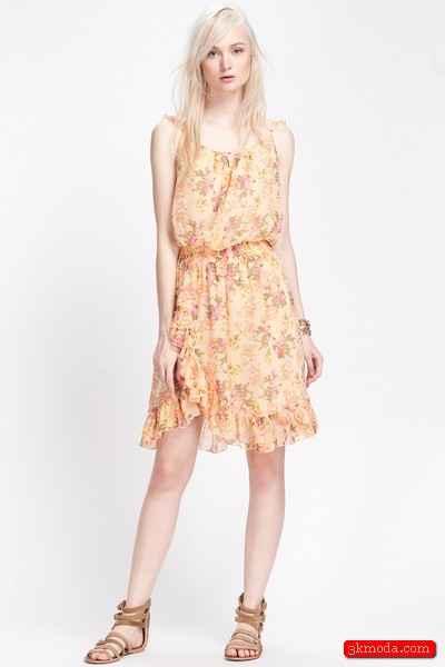 2015 Çiçekli elbise modelleri