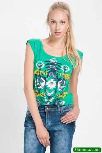 Zümrüt Yeşili Yazlık Tişört Modelleri