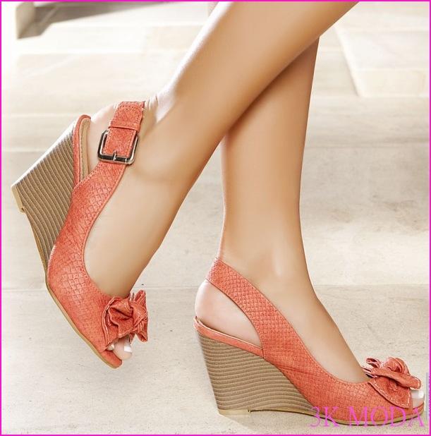 bambi-dolgu-topuk-ayakkabı-modelleri-2012.jpg