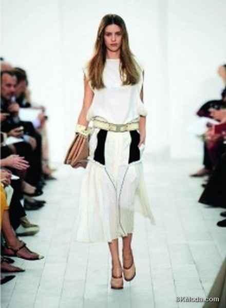 En Moda Elbise