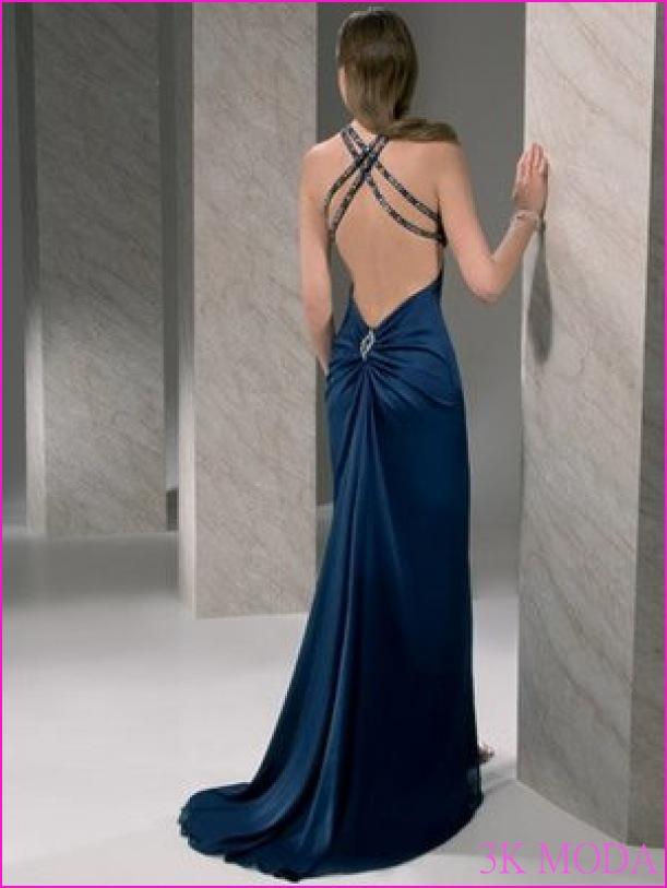 Göğüs Dekolteli Elbiseler 2017_0.jpg