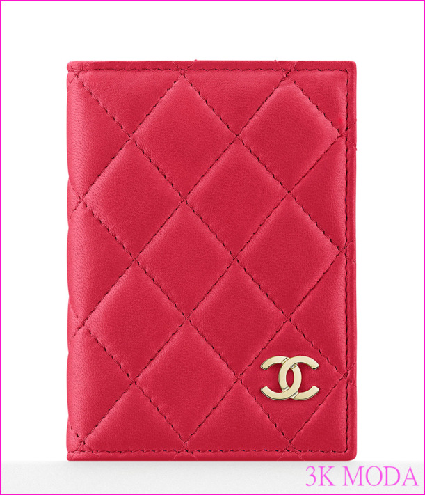 Chanel-Quilted-Card-Holder-450.jpg