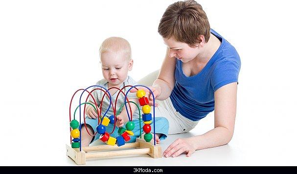1 Yaşına kadar bebeklerde oyun